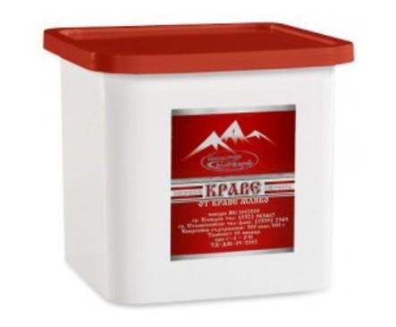 Маджаров Сирене от краве мляко БДС PVC кутия 900 г