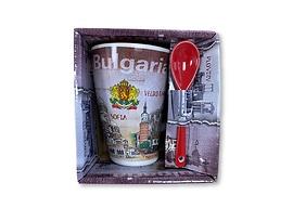 Чаша за чай България с пейзажи и бял надпис лъжичка