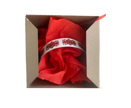 Гривна с мотив Българска шевица тънка в подаръчна кутия кутия 0 бр